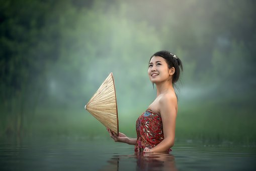 Characteristics of Vietnamese women. What type of men are attracted? !