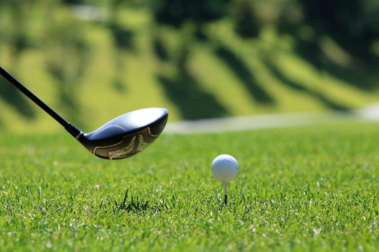 ベトナムハノイでのシミュレーションゴルフの様子をご紹介します。